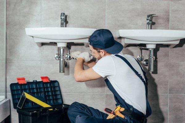Професійний сантехнік